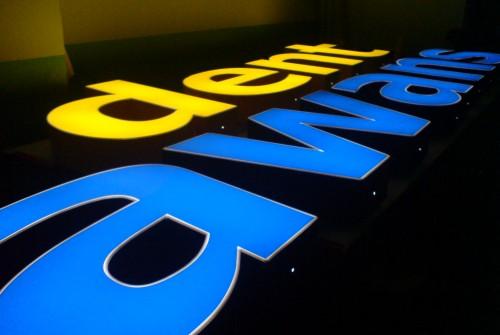 Litery 3D – podświetlane
